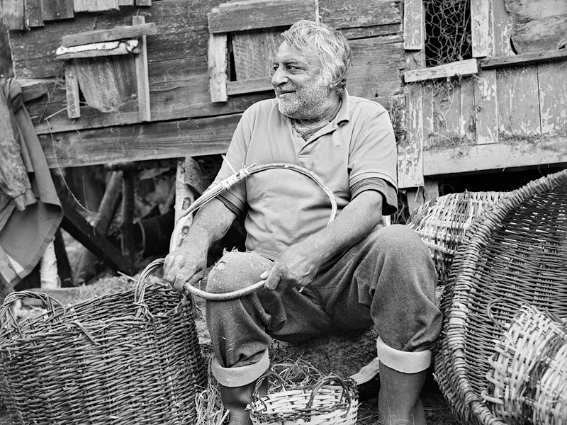 © Christine Turnauer – Gheorghe, basket-maker, Romania, 2016