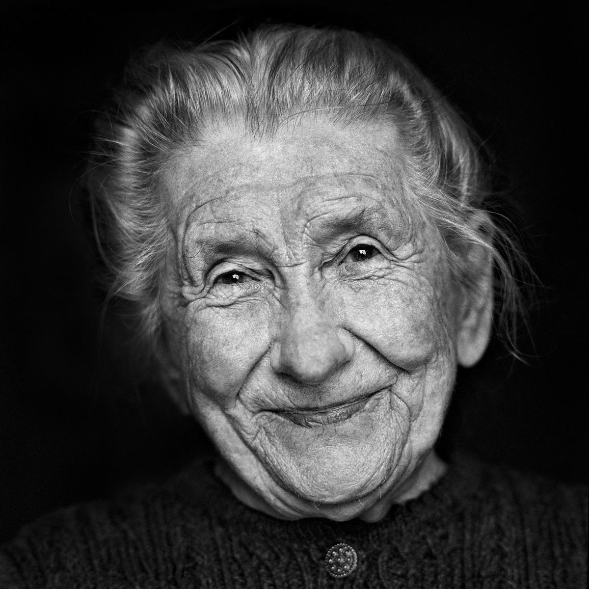 © Christine Turnauer - Maria, Farmer, Austria, 1996